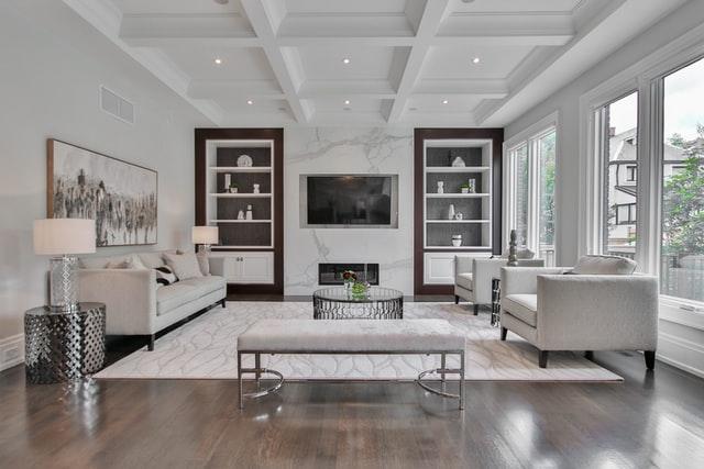 Gemakkelijke manieren om een je woonkamer te renoveren met een beperkt budget